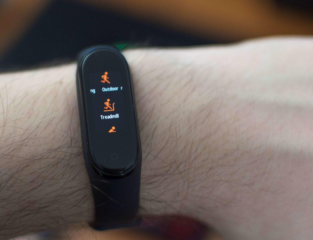 Xiaomi Mi Band 4 Fitness Tracking